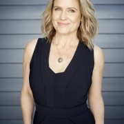 Shaynna Blaze heads Taubmans paintin8 program